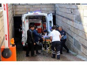 Makam Şoförü Otoparkta Kalbine Yenik Düştü