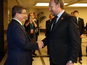 Başbakan Davutoğlu'nun, Bakir İzzetbegoviç İle Görüşmesi Sona Erdi