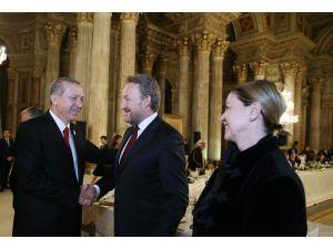 Cumhurbaşkanı Erdoğan, İİT Zirvesi konuklarına Dolmabahçe'de yemek verdi