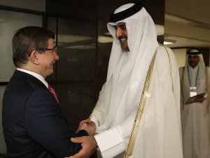 Başbakan Davutoğlu Katar Emiri Al Sani ile görüştü