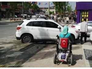 Engelliler Gelişigüzel Parklardan Şikayetçi