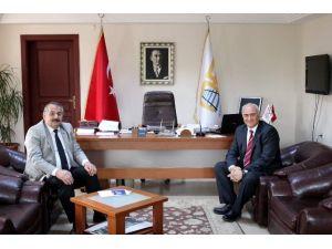 Goodyear Yönetiminden Başkan Karakullukçu'ya Ziyaret