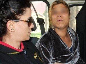 Adana'da 24 Yaşındaki Kadın, İlişki Vaadiyle Kandırdığı Sürücüyü Gasp Etti