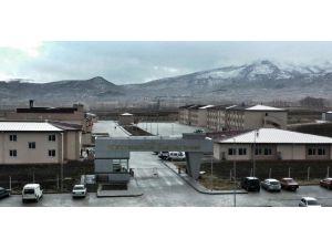 Amasya'da Cezaevinin Çatısı Uçtu, Yaralılar Var