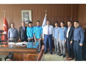 TÜBİTAK Finaline Katılacak Öğrencilerden Müdür Koca'ya Ziyaret