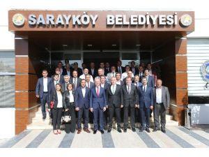 Büyükşehir Meclisi Sarayköy'de Toplandı