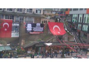 Kılıçdaroğlu'na Rize'de Pankartlı Protesto