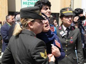 Şehit Uzman Jandarma Çavuşun Eşinin Feryatları Yürekleri Dağladı