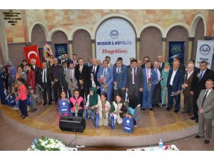 Nevşehir'de 'tevhit ve vahdet' temalı panel düzenlendi