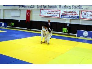 Adıyaman'da, Judo Grup Müsabakaları Başladı