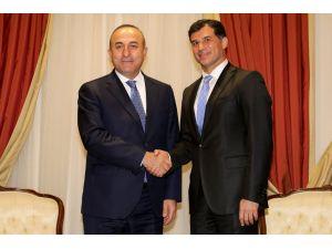Bakan Çavuşoğlu'dan KKTC'nin yeni Başbakanı Özgürgün'e ziyaret