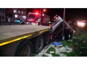 Hurdaya Dönen Otomobilden Sağ Çıktılar