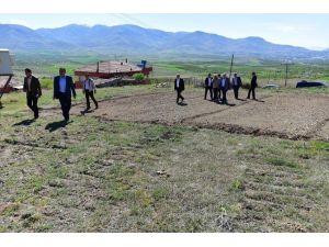 Milletvekili Şahin Ve Başkan Gürkan, Sorunları Yerinde Dinledi