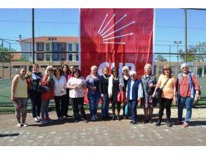 Ayvalık'ta CHP'li Kadınlar Kahvaltılı Toplantıda Buluştu