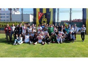 Ümraniyespor PTT 1. Lig'de
