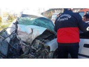 Van'da Trafik Kazası: 3 Ölü