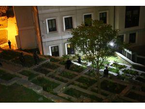 AK Parti İl Binası yakınına ses bombası atıldı