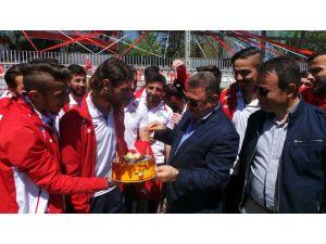 Etimesgut'ta hedef PTT 1. Lig değil Süper Lig