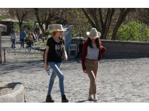 Kapadokya'nın yeni gözdeleri öğrenci grupları ve yerli turist