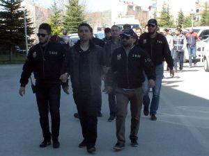 Yozgat'ta paralel yapı iddiasıyla 17 gözaltı