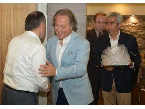 Başkan Gürlesin'e Turizmcilerden Ziyaret