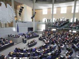 İstihbarat Uyardı, Alman Vekiller Korktu