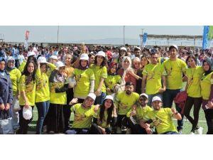 TDP Öğrencilerinden Spor Şenliklerine Destek