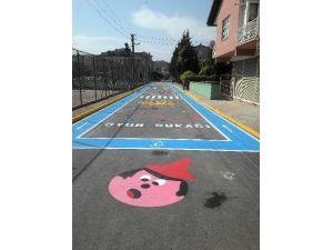 Yenişehir'de Çocuklara Özel Sokak
