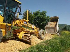 Orhangazi'de Arazi Yolları Düzenleniyor