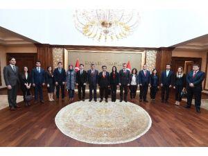 Stajyer Hakim Ve Savcılardan Vali Güzeloğlu'na Ziyaret