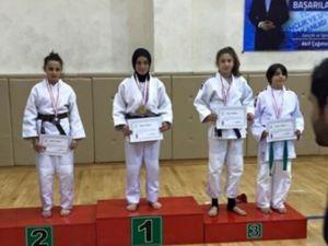 Judo'da Bartın'a 5 Madalya