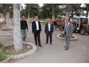 Suluova Belediyesi Adnan Menderes Parkı'nı Yeniliyor