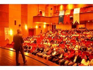 Bartın'da '60'Lı Yıllarda Günümüze' Konferansı Düzenlendi