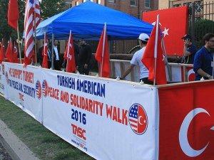ABD'deki Türkler büyükelçilik önünde nöbete başladı