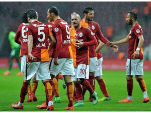Galatasaray, Rize'de Avantaj Peşinde