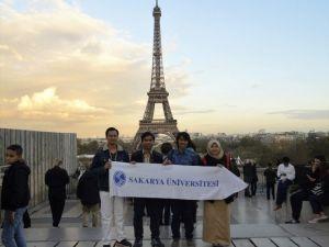 SAÜ'lü Öğrenciler Eurolympique Paris 2016 Yarışmasına Katıldı