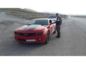 Jandarmadan Kaçak Otomobil Operasyonu
