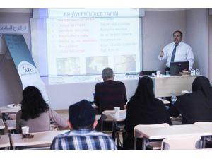 İlke 'STK Yönetici Eğitim Programı' 2'inci Dönem Mezunlarını Verdi