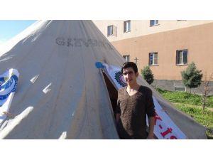 Ergani'de İşten Çıkarılan 14 İşçi Açlık Grevine Başladı