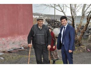 Arpaçay'da Yaşlılar Ziyaret Edildi
