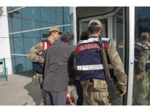 Jandarmayla Çatışan Hırsızlar Tutuklandı