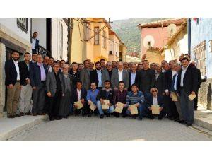 AK Parti Akşehir, Mahalle Başkanları İle İstişare Toplantısı Yaptı
