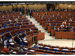 Davutoğlu, AKPM'ye hitap etti