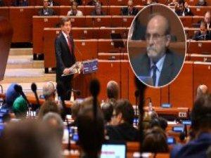 Davutoğlu'ndan Ertuğrul Kürkçü'ye Avrupa Konseyi'nde 'Türkçe' Tepkisi