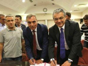 Karşıyaka Belediyesinde En Düşük İşçi Maaşı 3 Bin 800 Lira Oldu