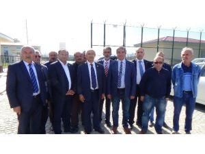 CHP'li Vekiller, Geri Gönderme Merkezinde İncelemede Bulundu