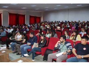Gazeteci Yazar Süleyman Doğan, Üniversite Öğrencileri İle Buluştu