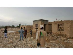 Sadaka Derneği Afganistan'da Yaraları Sarıyor