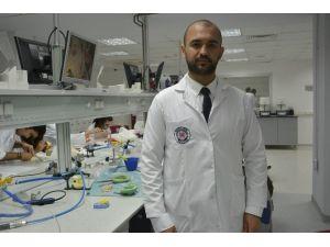 İAÜ'lü Mehdi Bashiri'ye 'En İyi Araştırmacı' Ödülü
