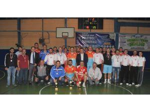 Bozüyük Belediyesi Kurumlar Arası Voleybol Turnuvasının Şampiyonu Milli Eğitim Müdürlüğü Oldu